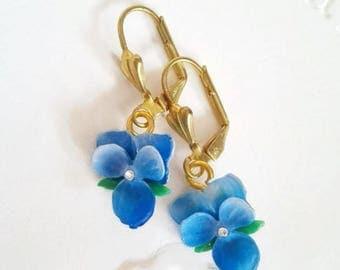 Gift for grandma birthday violet earrings gift for wife pansies dangle earrings gold Delicate pansy Vintage blue flower earrings green