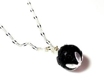 Choose Pendant Design Essential Oil Diffuser Necklace  Black Lava Rock Aromatherapy Necklace Modern Simple Beaded Jewelry