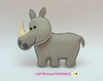Felt RHINO, stuffed felt Rhino magnet or ornament, Rhino toy, African animals, Nursery decor, Rhino magnet,Safari animals, Rhinoceros