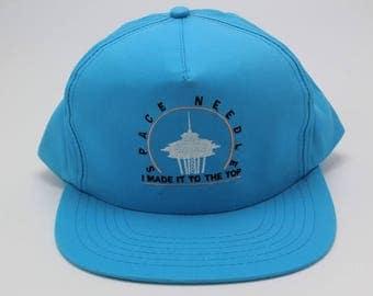 Vintage SEATTLE Space Needle Novelty Snapback Hat Adjustable Strap Washington state wa sportcap headwear cap