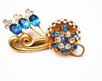 Blue Rhinestone flower Brooch  - Gold Plated Floral  -Mid century Pin