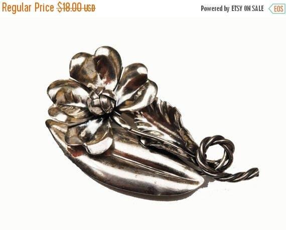 Sterling Flower  Brooch - Silver Floral - Vintage signed Pin