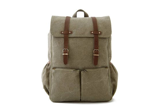 CARRYALL Moms & Dads Diaper Bag / Green Canvas