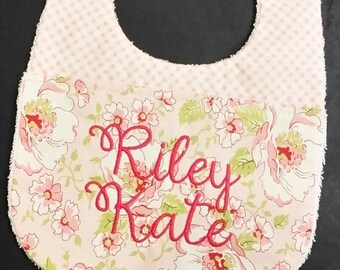 50% Off 2344 In the Hoop Baby Bib applique design in digital format for embroidery machine by Applique Corner