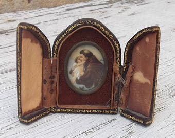 SUMMER SALE Antique Miniature Religious Triptych, Trifold Shrine, Pocket Shrine, S. Antony, Jesus Child, Travel Shrine or Altar