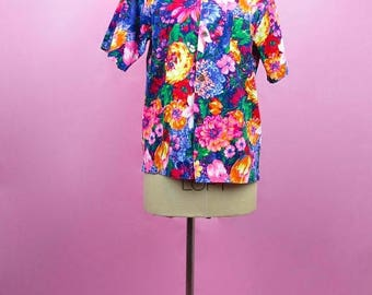 Flash Sale: VTG 70s Multi Color Vivid Floral Print Short Sleeve Button Down Blouse M, L