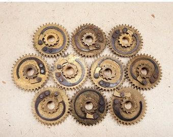 ON SALE Brass Clock Gears - Steampunk Jewelry Findings - set of 10 - G76