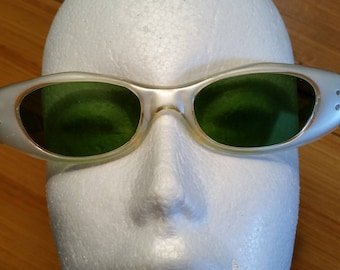 Vintage Sunglasses 1960's Cat Eye Style Eyewear Frames Opalescent White Frames Made in Italy Green Lenses Boho Style