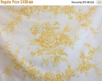 ON SALE Vintage Westpoint Pepperell Floral Pillowcase, West Point Pepperell Standard Pillow Case, Yellow Crest of Roses Pillowcase, Vintage