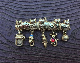 Vintage Jewelry Signed AJC Adorable Kitty Cat Group Pin Brooch