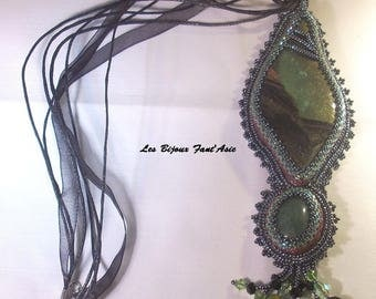 Embroidered collar Zen Rinsai or cliff green polymer clay and malachite stone