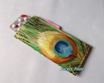case with pill 'Peacock feather' green and turquoise color, sparkling, jasmine