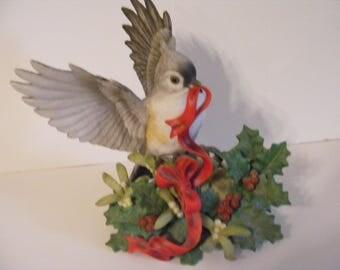 Gorgeous Vintage LENOX Fine Porcelain Bird Figurine 1999 Tufted Titmouse Christmas hand painted Beautiful Bird!