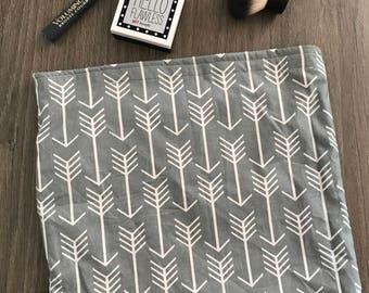 Gray Arrow • Reusable Bag • Bag • Waterproof Bag • Make-Up Bag • Snack Bag • Back To School • Diaper Bag • Gift • BizyBelle