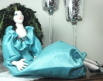 SALE! Rilla the Diva-OOAK Cloth Art Doll