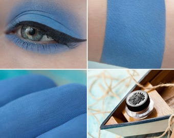 Eyeshadow: Little Sailor - Light Castle. Dark blue matte eyeshadow by SIGIL inspired.