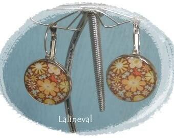 Stud Earrings floral Brown and orange