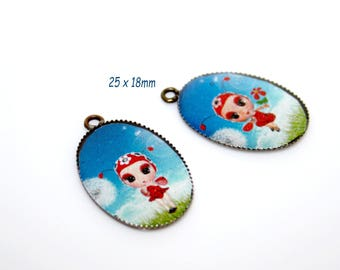 Bronze charms, ladybug, a turquoise background pattern