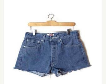 ON SALE Vintage LEVI'S  501 cut off  Denim Shorts/W28*