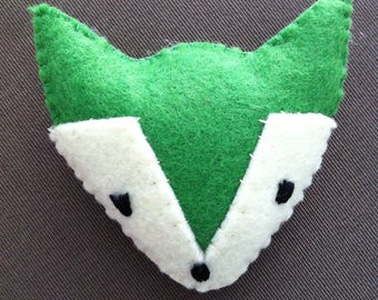 GREEN FOX BROOCH
