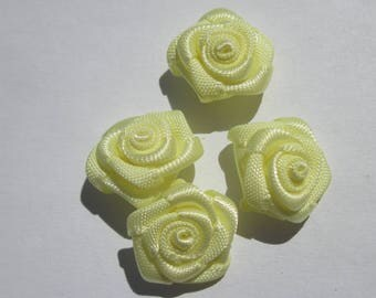 4 bow shaped flower 14 to 15 mm approximately (A88
