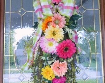 Summer door swag -Spring wreath -Front door decor - Daisy door swag - floral wreaths- Home decor - Gerbera Daisy swag - Zinnia wreath