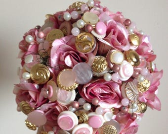 Strawberries and Cream Button Bouquet