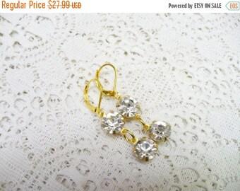 10% OFF SALE Simple Vintage Round RHINESTONE Drop Dangle Earrings - gold tone metal - Bridesmaid gift - Bridal wedding - vintage Repurposed