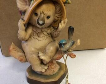 Vintage sarah kay Anri figurine. Numbered 37/2000. Italy.
