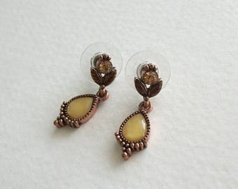 ON SALE Vintage Earrings Unique Copper Colored Metal Small Dangle Earrings Vintage Jewelry Pierced Post Earrings Set