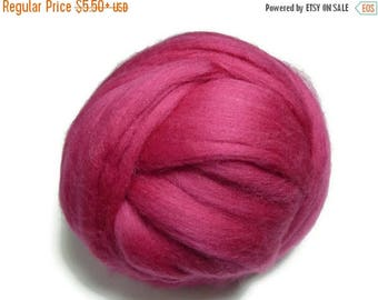 SALE Superfine Merino wool roving 19 microns, Raspberry