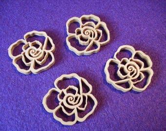 4 roses, wood, 3 cm  (01-0007C)