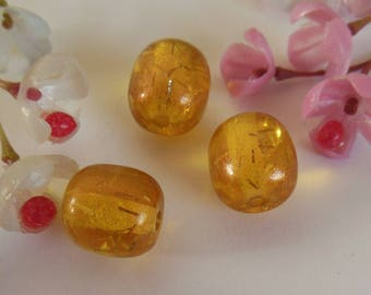 set of 3 olive yellow plastic beads