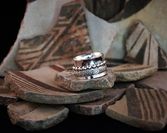 2 Band Sterling Silver Spinner Ring size 8 3/4
