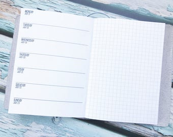 Traveler's Notebook B6 Size Week on One Page with Grid {Q2 | April-June 2018} #800-22