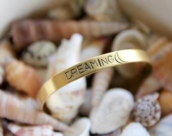 Dreaming | Handstamped bracelet 6mm