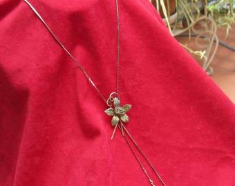 Retro Mesh Flower Lariat  Style Necklace