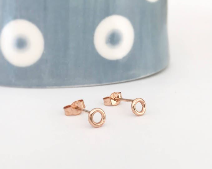 9ct Rose Gold Dainty Circle Stud Earrings