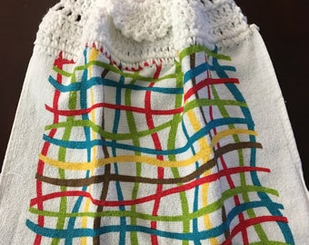 Bright Wavy Plaid Crochet Top Towel  (R5)