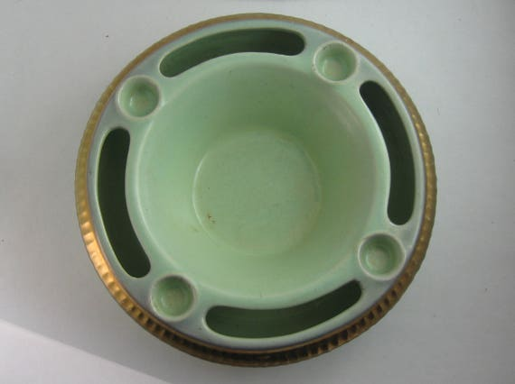 Advent bowl instead of Advent wreath: delicate green ceramic bowl with golden decor for 4 candles. Germany 1913/15 Ges. Gesch. VINTAGE