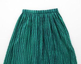 Vintage Skirt // Crinkle Texture Striped Full Midi Skirt // Dirndl Skirt