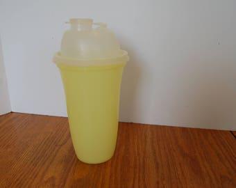 Vintage Tupperware Shaker Bottle, Yellow Tupperware, Tupperware Mixing Bottle