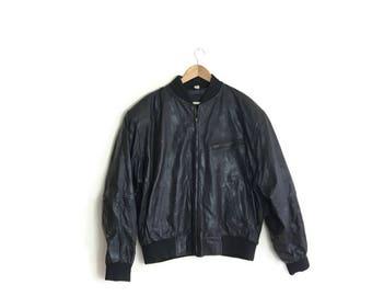 Mens black leather jacket / vintage black leather bomber jacket / 80s 90s large mens leather jackets / leather jacket large