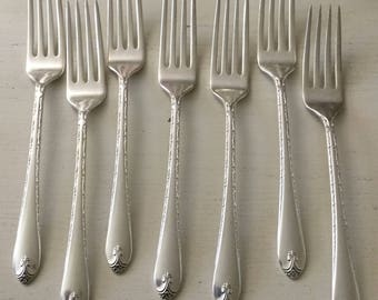 Set of 7 vintage silverplate  Wm Rogers Exquisite pattern forks
