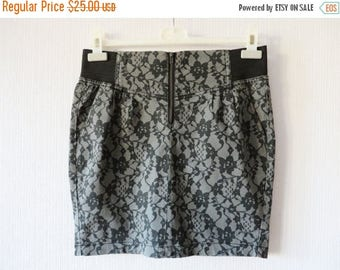 ON SALE Gray Mini Skirt Floral Lace Print Elastic Waist Cotton Skirt Size Medium
