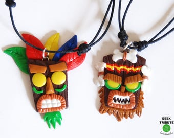 Necklace Aku Aku and Uka Uka, Crash Bandicoot Aku Aku, Aku Aku mask, Videogame pendant, Videogame necklace, aku aku necklace, retrogame