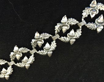 Vintage DANECRAFT BRACELET Sterling Silver ACORNS and Oak Leaves