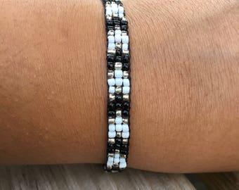 Silver, Black, and White Chevron Beadwoven Bracelet