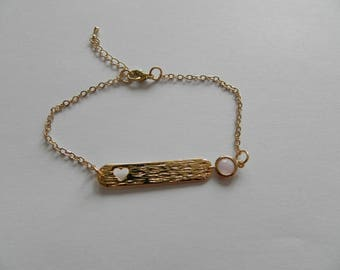 Bracelet plate heart plated gold and powder pink cut glass pendant