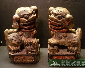 Antique Wood Carved Pair of Chinese Foo Dog - Rare